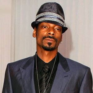 Snoop Dogg Cleared in Concert Smackdown, Label on the Hook(E! Online)
