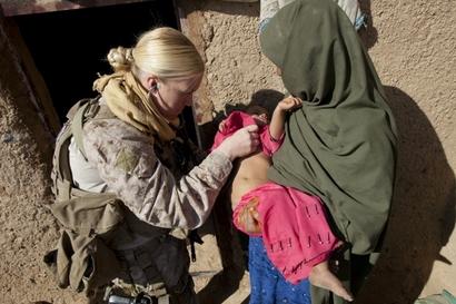 Hospital Corpsman Amy Housley, 29, US Marine ...
