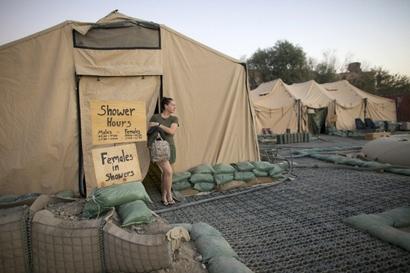 Hospital Corpsman Shannon Crowley, 22, US Marine ...