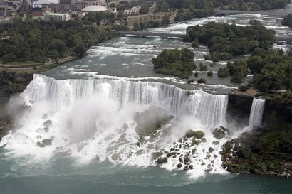 The American Falls as they normally appear. (AP ...