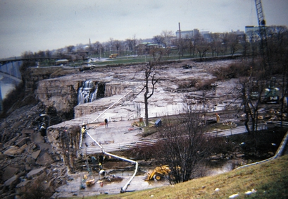 A view from the banks beside a dry Niagara Falls ...