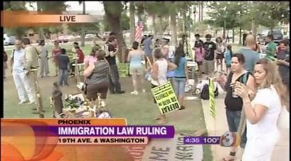 SB1070: Judge blocks key parts of Arizona immigration law