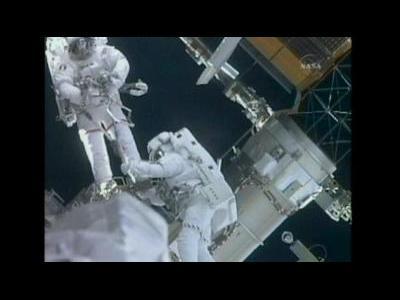 Astronauts conduct 2nd spacewalk