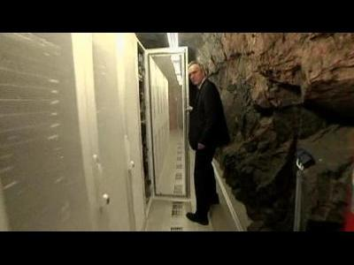WikiLeaks bunker, Assange mother