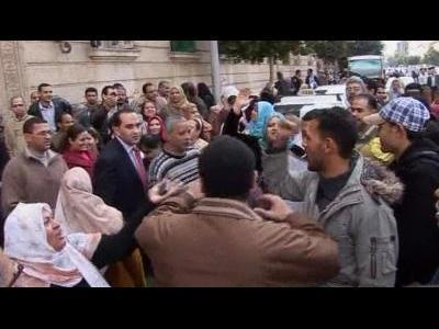 Anti-Mubarak protests widen in Cairo