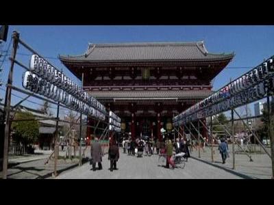 Tokyo businesses struggle after quake