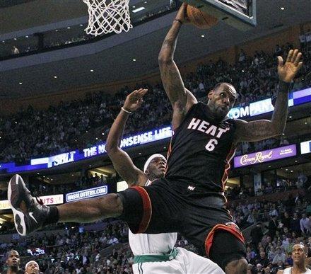 James, Wade lead Heat past Celtics 98-90 in OT Ap-201105091902685786823