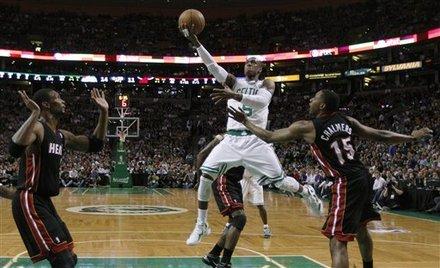 James, Wade lead Heat past Celtics 98-90 in OT Ap-201105091826663706790