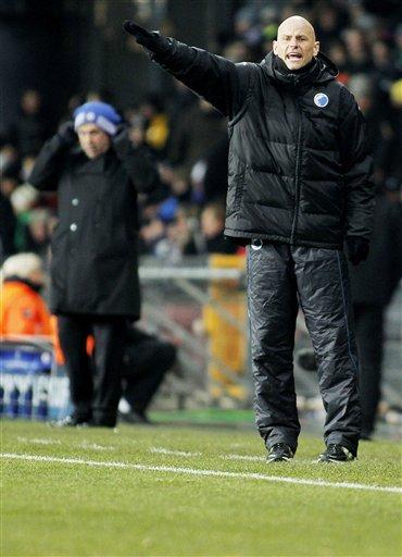 FC Copenhagen''s Coach Staale Solbakken             Gestures