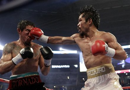 Manny Pacquiao, Right, Lands