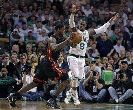 James, Wade lead Heat past Celtics 98-90 in OT Ap-201105091832667356796.jpg?x=180&y=200&xc=57&yc=1&wc=328&hc=365&q=70&sig=yNnPo6yB