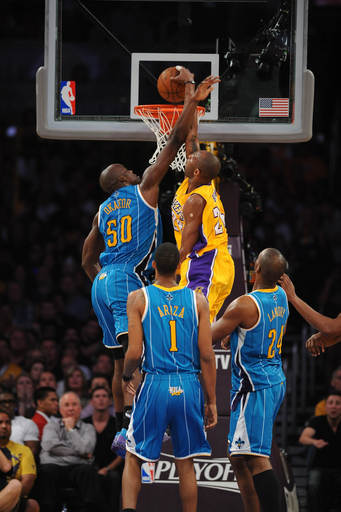Kobe Bryant #24 Of The Los Angeles Lakers Throws