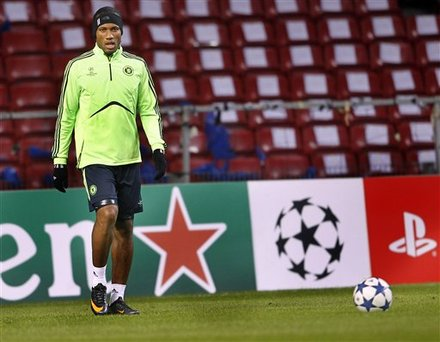 Chelsea''s Didier Drogba             Looks