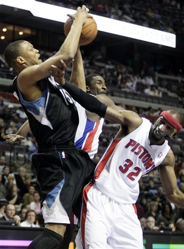 Minnesota Timberwolves' Anthony Randolph (15) Is