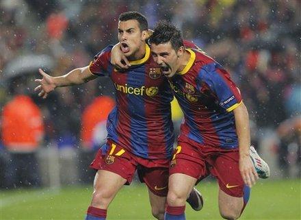 FC Barcelona's Pedro Rodriguez, Left,  Celebrates