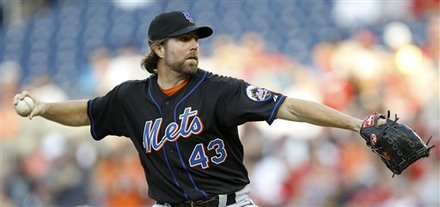 New York Mets Pitcher R.A. Dickey Delivers