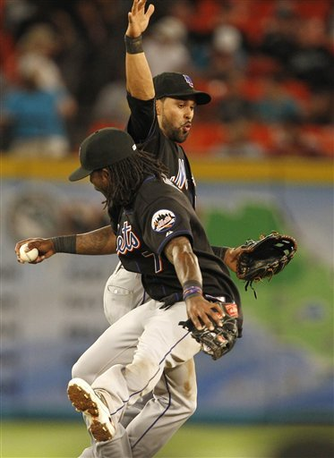 New York Mets' Jose Reyes (7) Celebrates