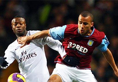 Arsenal's William Gallas and Aston Villa's Gabriel Agbonlahor