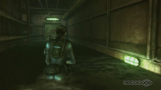 Resident Evil: Revelations - There's Something in the Water Gameplay (Wii U)