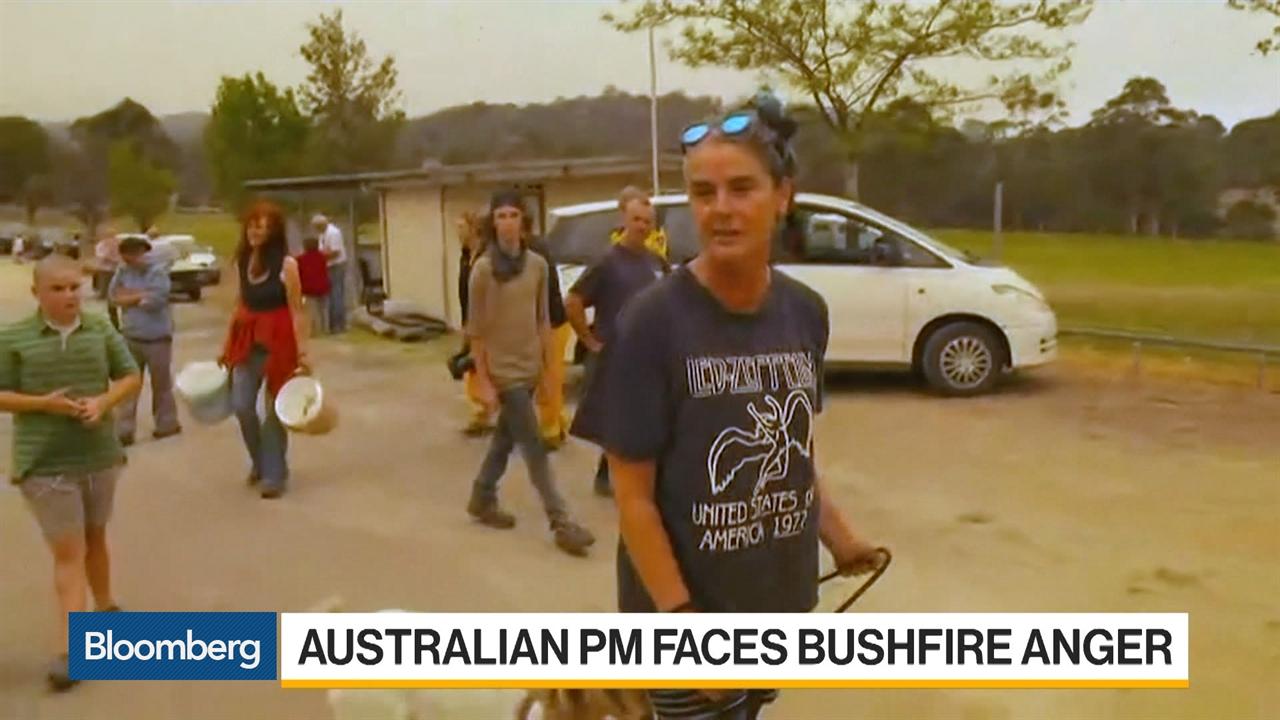 Australian Firefighters Brace for Inferno Amid Searing Heat
