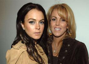 Lohans Battle for Non-Lindsay Offspring(E! Online)