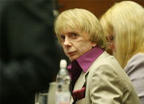 Spector Trial: Coroner Reasserts Homicide Ruling(E! Online)