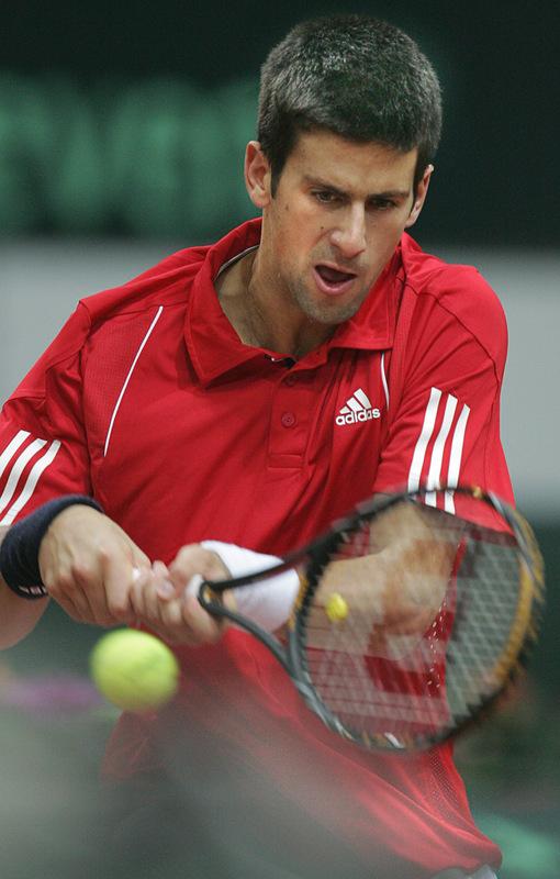http://d.yimg.com/us.yimg.com/p/sp/getty/39/fullj.848e818a7a32d349be529b30ffbfc7ee/848e818a7a32d349be529b30ffbfc7ee-getty-tennis-davis-rus-srb.jpg