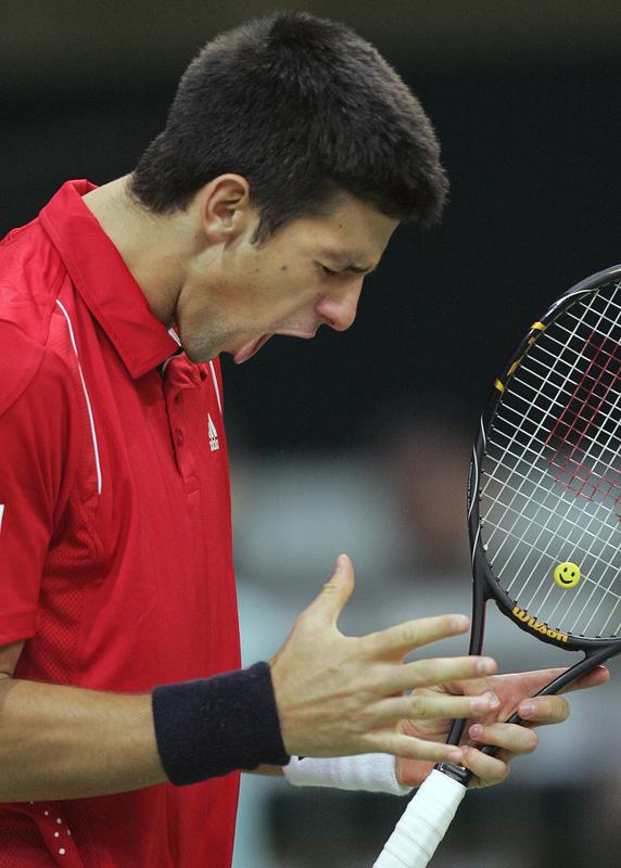 http://d.yimg.com/us.yimg.com/p/sp/getty/b8/fullj.d0e5ea2d524707fd820d8dc0bc65dd28/d0e5ea2d524707fd820d8dc0bc65dd28-getty-tennis-davis-rus-srb.jpg